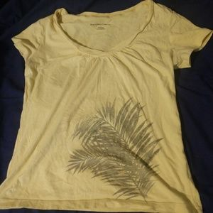 Tshirt with leaves